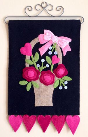Penny Rugs. wool applique, wall hanging, pennyrug, pattern, Cleo And Me Patterns