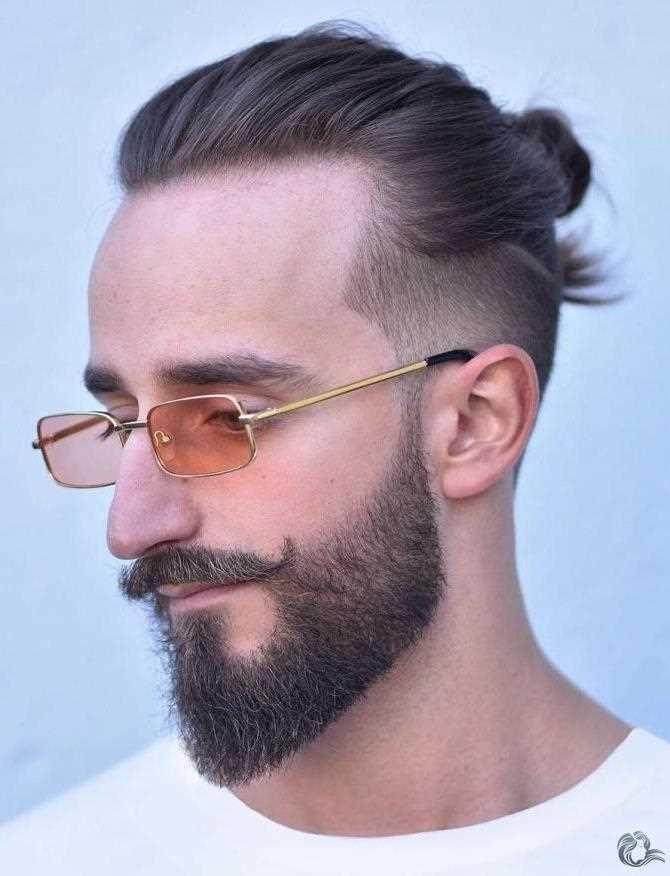 Beste 30 Frisuren Fur Manner Mit Barten 2020 Manner Bart Manner