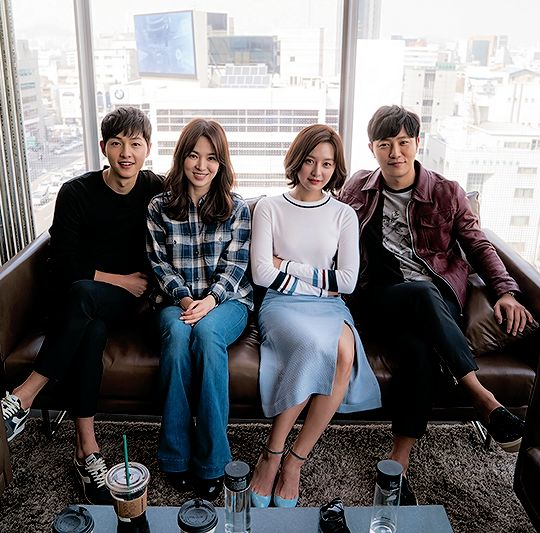"""""""Descendants of the Sun cast at today's press conference """""""