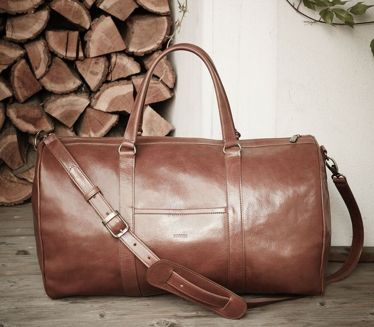 MISOUI handcrafted leather goods.