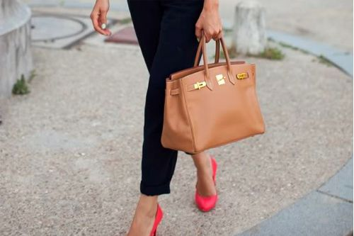 I want those shoes... And that bag... And those pants... And that nail polish...