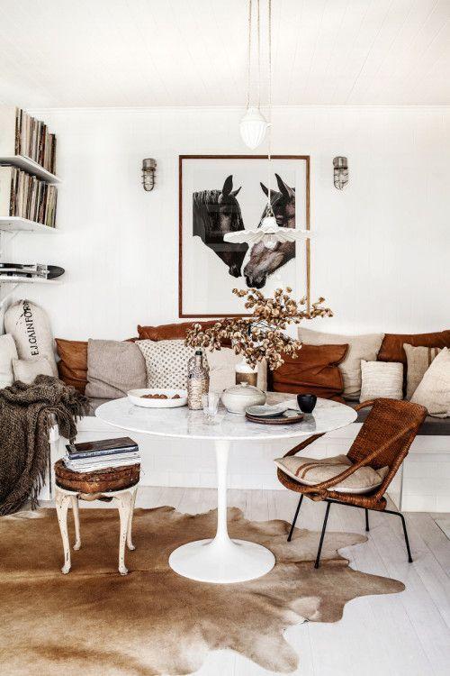 The dreamy home of an Australian photographer, natural colour palettes against white decor