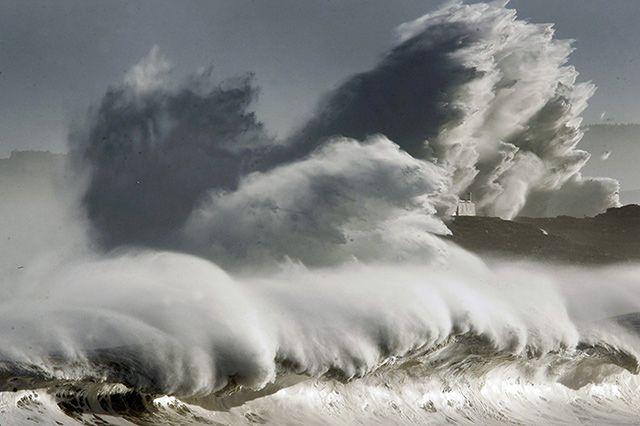 Riesenwellen am Atlantik