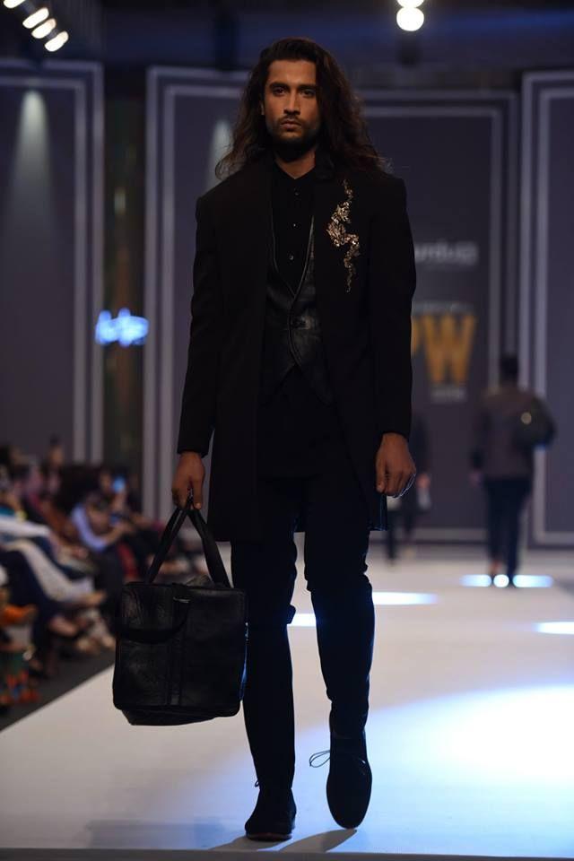 amir-adnan-latest-collection-at-fashion-pakistan-week-winter-2016-13