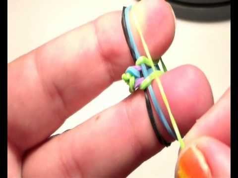 como hacer pulsera de gomas rainbow loom con los dedos  muy facil  ESPAÑA