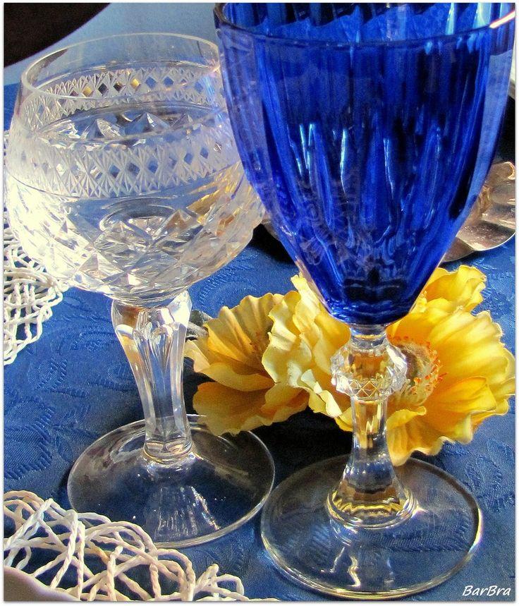 Collage animato per una tavola in blu ... http://ilmioblogdiprova.over-blog.it/2014/01/tavolacollage.html