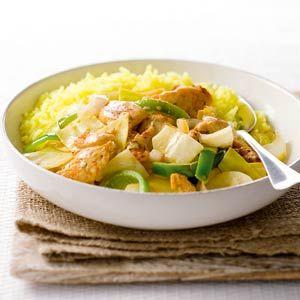 Recept - Witte kool en gekruide kip uit de wok - Allerhande