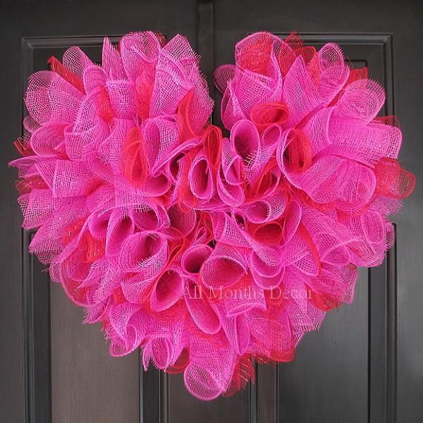 Valentine's Day Hot Pink Heart Deco Mesh Wreath. Perfect for home and door decor, gifts, or saying I love or miss you to someone special. - Colors: Hot Pink, Red - Handcrafted with curled deco mesh -