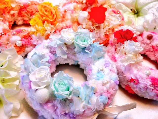 puffy wreathes