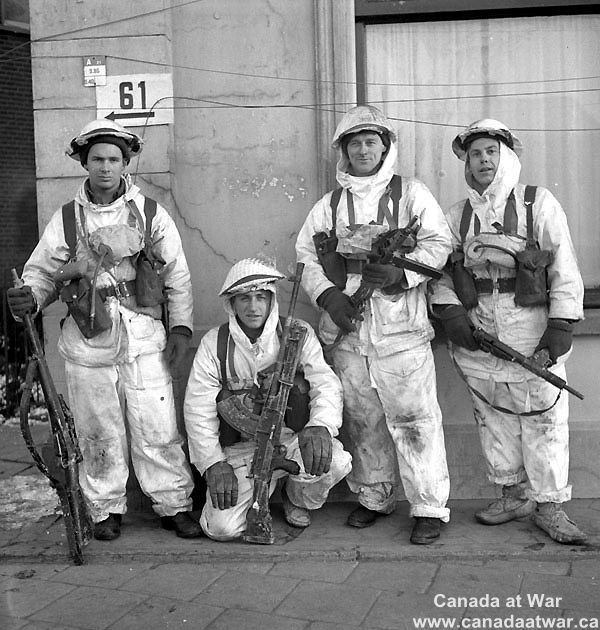 Canadian troops Holland 1945