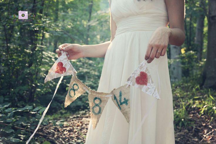 Save the Date fotoğrafları düğün gününüzü duyurmanın en farklı yolu! | Düğün fotoğrafçısı Lucky Tale, kendinizi en şanslı hissettiğiniz anları fotoğraflamak için yola çıktı! Ayrıca bebek ve doğum fotoğrafçısı olarak da mucizevi anlarınızda sizinle..