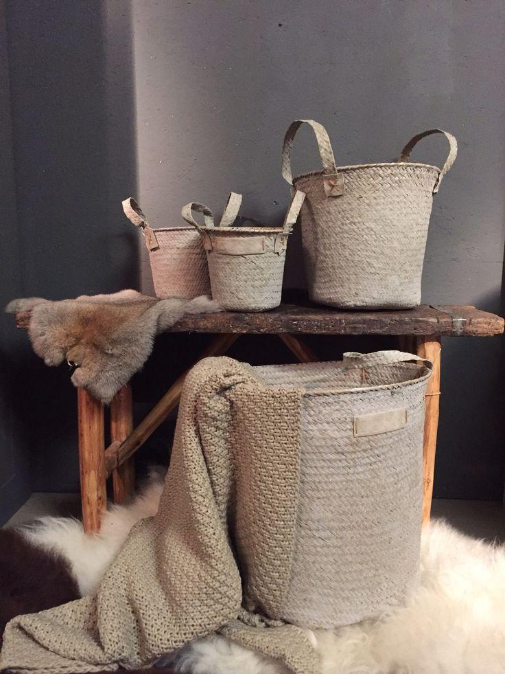 Opruimen in stijl met deze prachtige manden van Zuss. Ideaal voor plaids, speelgoed, tijdschriften etc. Flair Living bij Het Monument