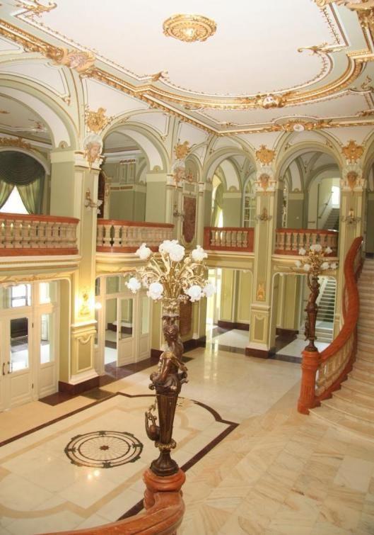 teatrul national opera vasile alecsandri Iasi Theatre Romania culture romanian people 12