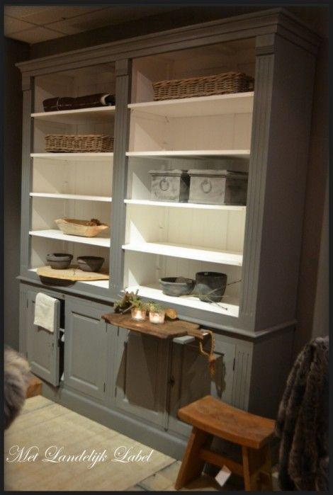 Stoere boekenkast (met teak panelen) bij Met Landelijk Label in Borne (winkel en webshop)