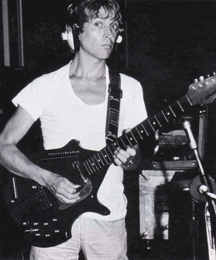 Andy Summers (The Police) with his electric sitar. Probably around '81-'83. Not sure.