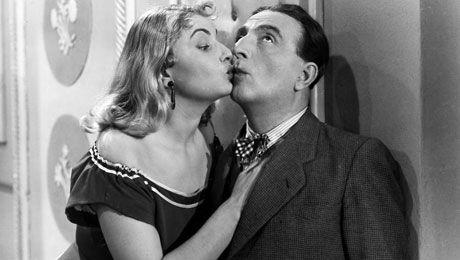 Η ταινία Σάντα Τσικίτα προβλήθηκε στις αίθουσες (Αθηνών - Πειραιώς – προαστίων, πάντα) το 1953 και έκοψε 89.572 εισιτήρια.