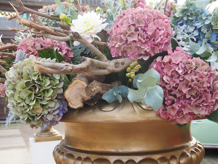 wow make impression! Maak indruk met bloemen! www.huiskd16.nl