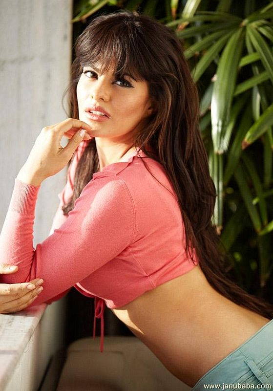 Beautiful Bollywood actress Jacqueline Fernandez