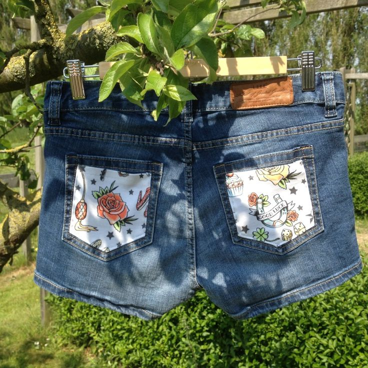 Hot Pants - maat 27, upcycled jeans / denim Pimped by Lazy Lola