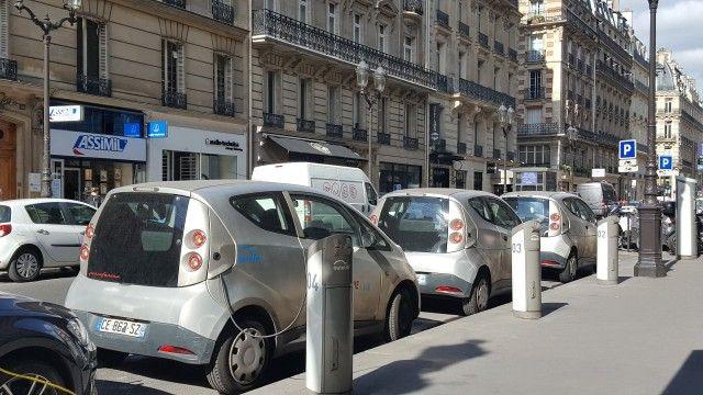 Bollore BlueCars recharging at Paris curb for the Autolib electric-car sharing service, Sep 2016