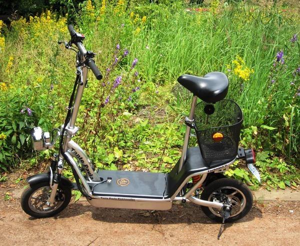 Elektroroller Tante Paula » Sonstige Motorroller aus Hamburg Hamm-Nord