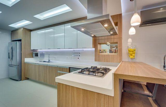 Decor Salteado - Blog de Decoração e Arquitetura : 10 Cozinhas brancas e amadeiradas - veja modelos lindos e dicas!