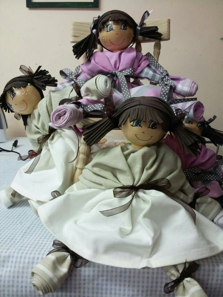 Muñecas fofuchas con trapos de cocina