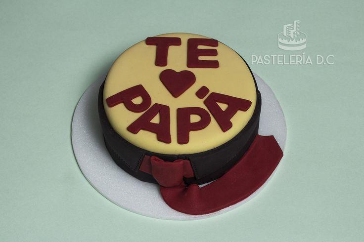 Torta para el día del padre. Cubierta y decoraciones en fondant / Father's day cake covered with fondant.