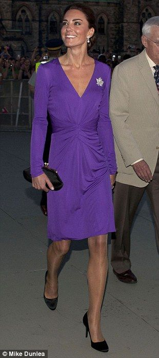 Kate wearing purple Issa dress on Canada on on 7/1/2011