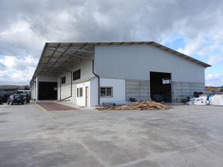 Sequestrato capannone di notevoli dimensioni abusivo a Strongoli - I Carabinieri hanno denunciato il proprietario del terreno su cui è stata edificata l'opera  - http://www.ilcirotano.it/2018/01/23/sequestrato-capannone-di-notevoli-dimensioni-abusivo-a-strongoli/