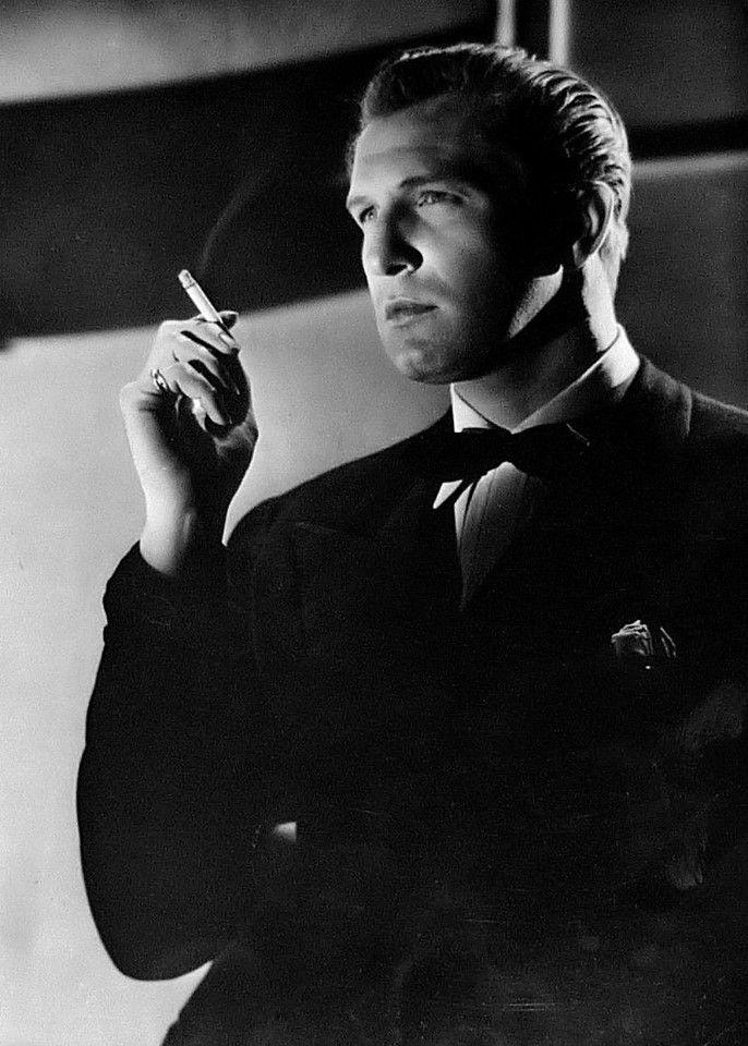 Vincent Price, 1944