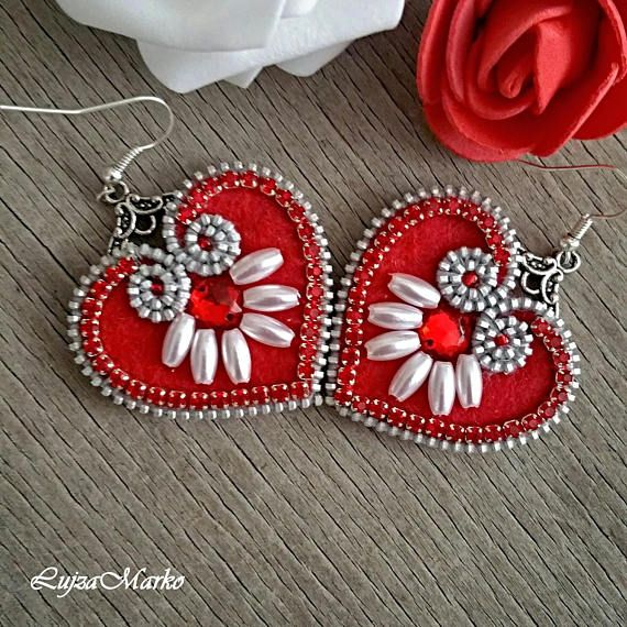 Mini red folk zipper earrings