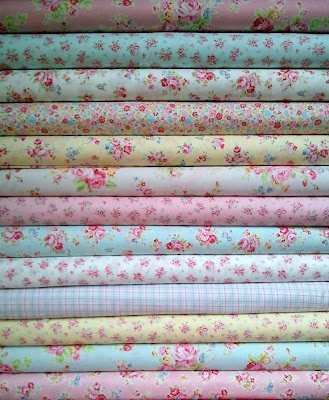 love these rosebud fabrics