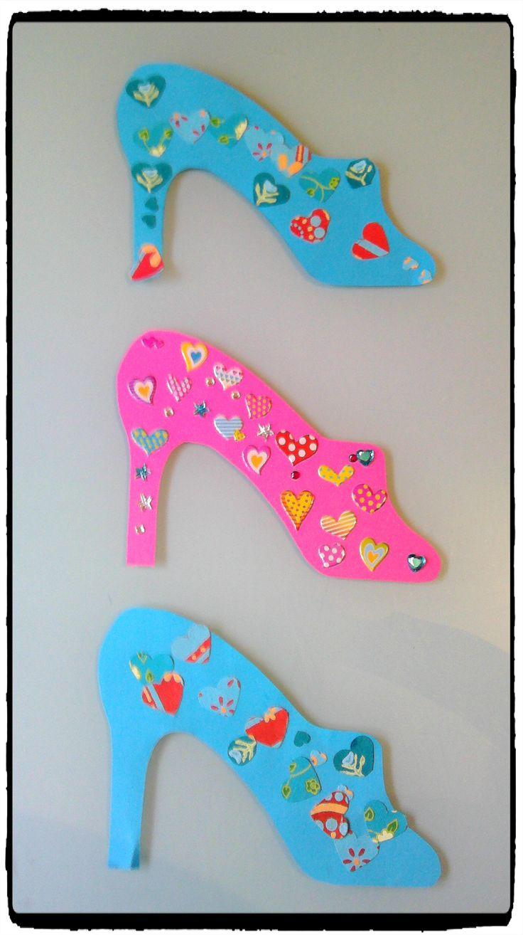 pantoufles de cendrillon, activité enfant, princesse, gommettes, bricolage girly