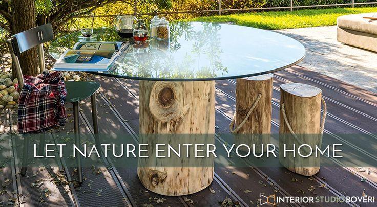 Fai entrare la natura nella tua casa ! Tavolo con piano in cristallo trasparente ed una sezione di tronco per basamento. Il piano in cristallo può avere forma circolare, quadrata oppure ovale con doppio supporto. Il basamento è disponibile cortecciato o in vers. decortecciata. #tavolo #legnoecristallo #WoodAndGlass  #TableDesign #TableDecor #NatureAndDesign #outdoors  #OutdoorLife #OutdoorStyle #OutdoorLiving #HomeDecor #HomeAndGarden #DesignLife #HomeStyle #InteriorStyle…