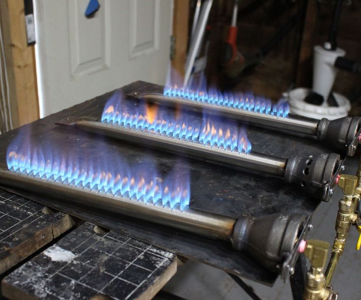 For a DIY griddle project I'm working on I need a propane burner that will heat up the cooking surface, I thought the build of the burner would make a good Instructable. Buying a burner was out of the question as the size and power I require is not available of the shelf. If you need to replace or repair a BBQ burner this might help you as well.But a warning first, playing with propane is dangerous, so if you decide to try this you do so at your own risk and peril. At minimum wear safety ...