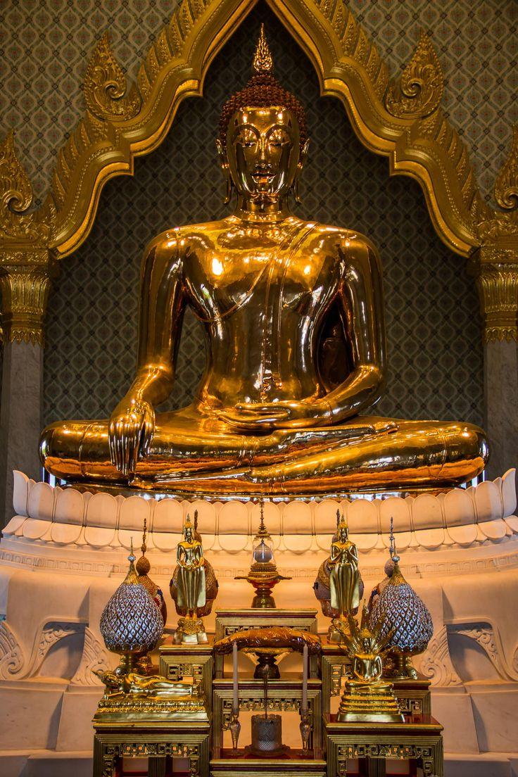 Temple of the Golden Buddha...World's largest gold statue - Golden Buddha of Wat Traimit, Bangkok Address.. 661 Chaoren Krung Road |