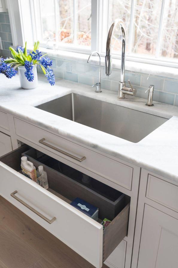 FOCUS: under sink storage