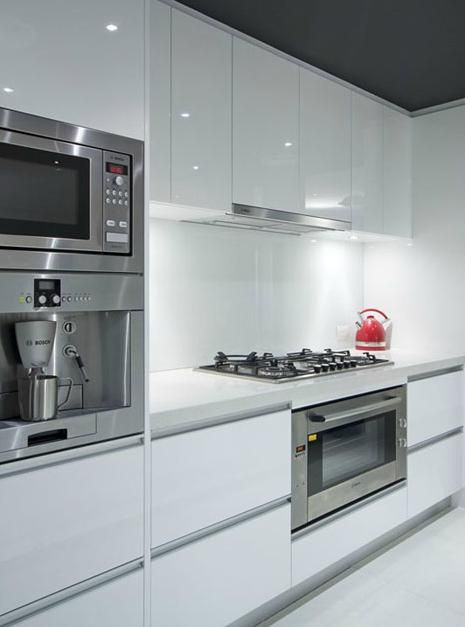 Clorox can give you a bright and shiny white kitchen!