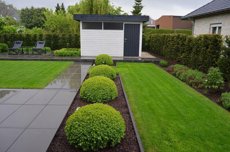 Moderne tuinen hebben strakke lijnen en zijn opgebouwd uit for Tuinen aanleggen foto s
