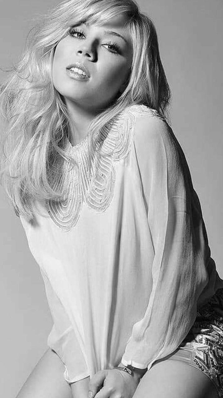 ジェネット マッカーディ のアイデア 900 件 21 アリアナ グランデ デニム ファッション クロエ モレッツ