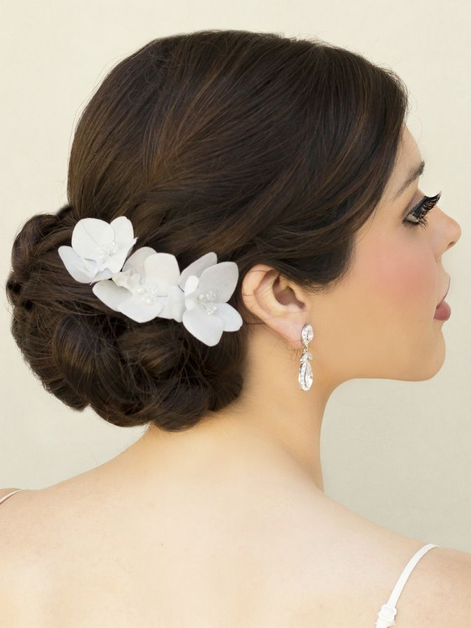 top 10 tips for choosing your bridal hair accessories bridal hair ideas bridal hair wedding hair flowers wedding hairstyles