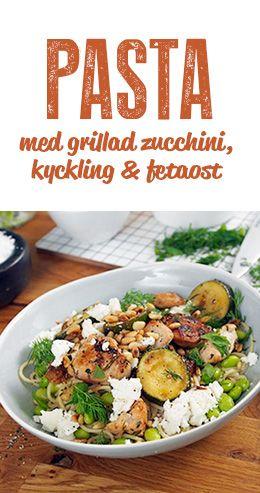 Pasta med grillad zucchini, kyckling & fetaost