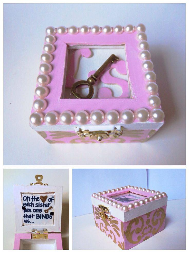 Sorority Badge Box- Kappa Kappa Gamma- Key Box