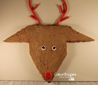Reindeer Cut-Up Cake Pattern - Lead the way to fun with this Rudolph Reindeer cake...or create this cake to celebrate your deer hunt.  Buy today on Etsy