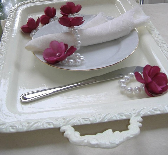 Great Idea for a Vintage themed wedding---Napkin Ring