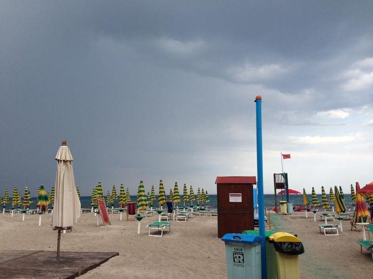 Poetto, pioggia estiva.