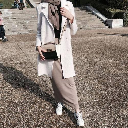 neutral-mocha-hijab-outfit