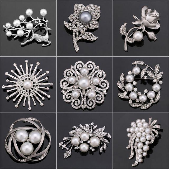 Fabrika Doğrudan Satış Kristal Diamante & İmitasyon İnci Moda Çiçek Yaprak ve Geyik Broş Pimleri Kadınlar için Çeşitli Tasarımlar