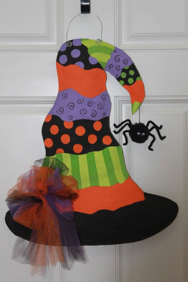Witches Hat Burlap Door Hanger. $28.00, via Etsy.  Need this for Halloween!!!!!!